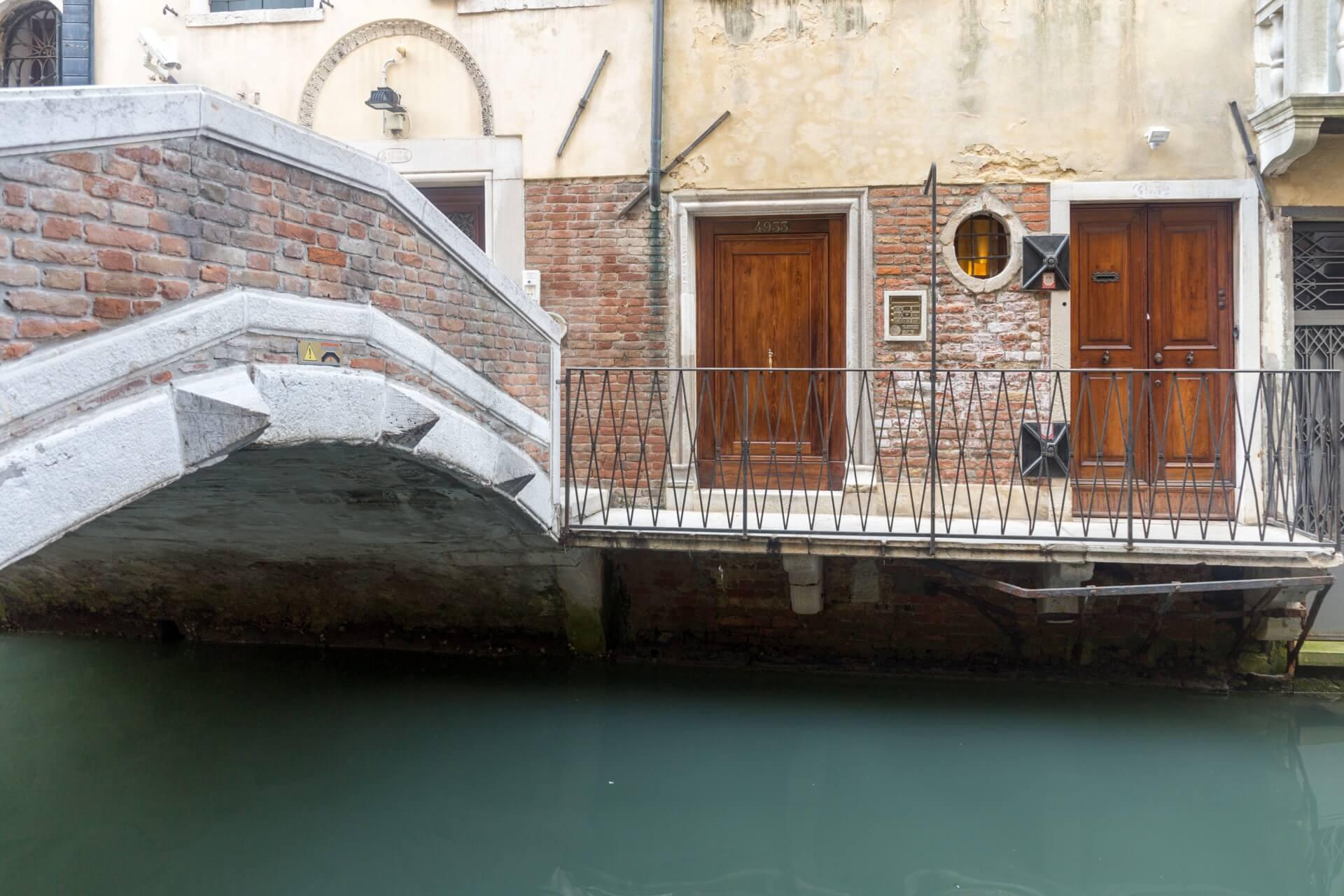 In den Gassen Venedigs