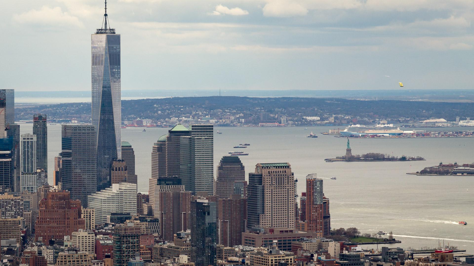 Der Süden Manhattans mit dem One World Trade Center