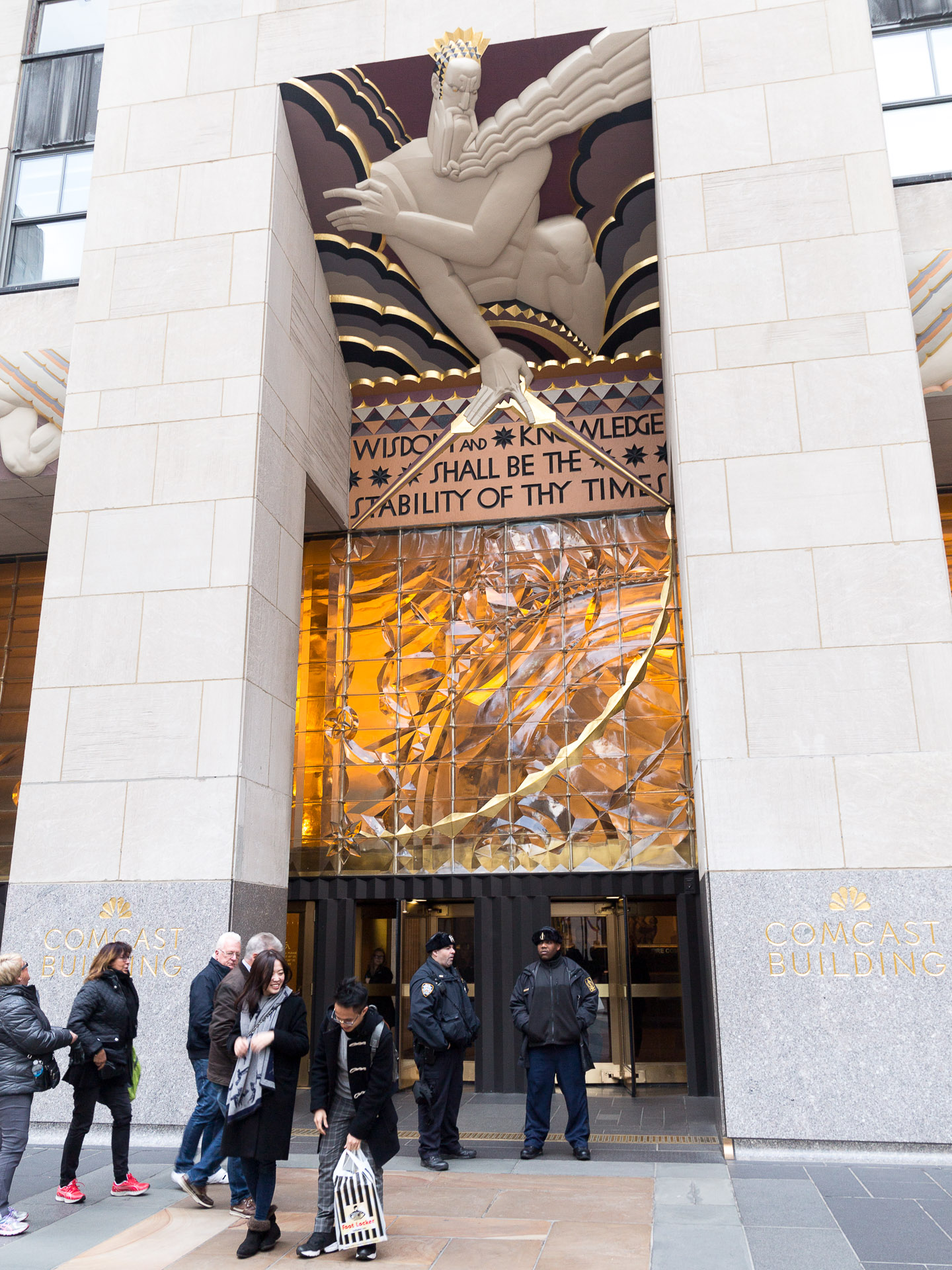 Eingang des Rockefeller Center