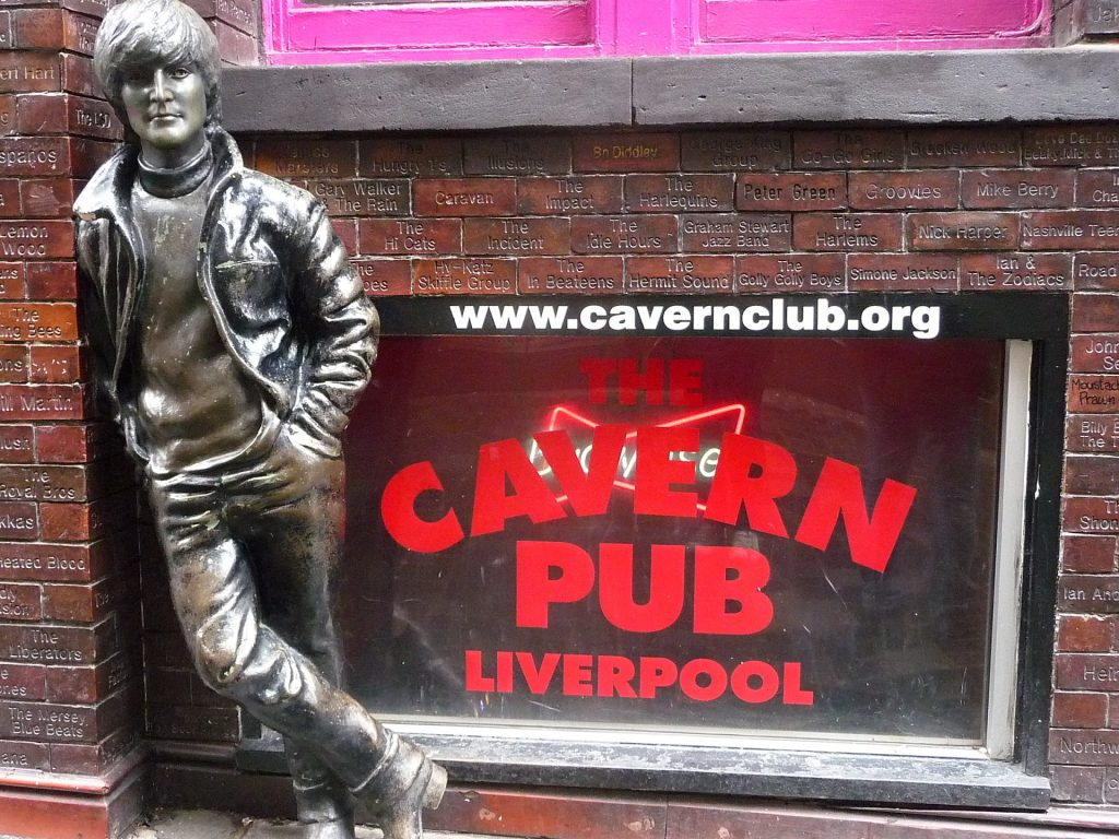 Vor dem Cavern Club in Liverpool