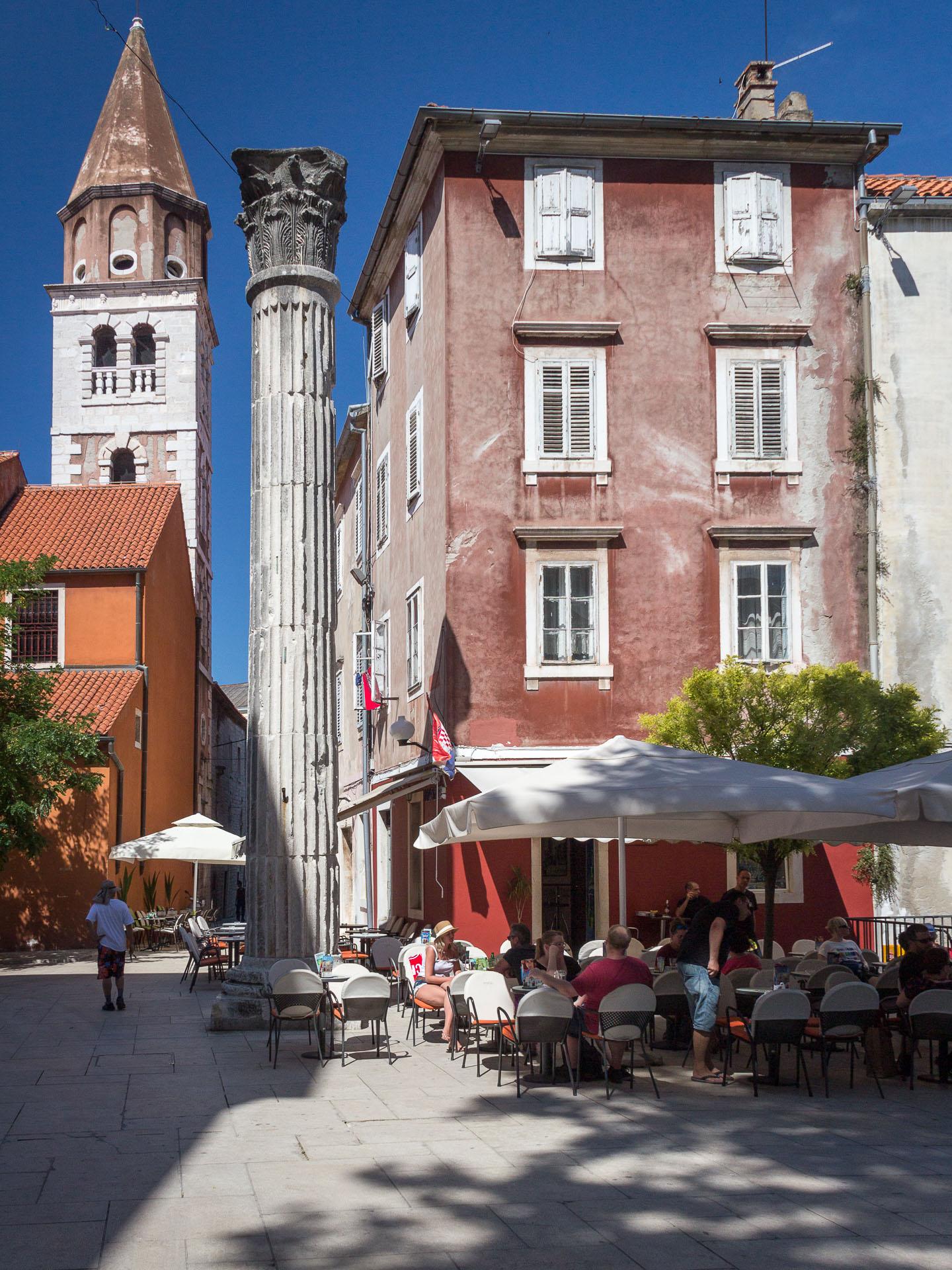 Café am Trg Petra Zoranića