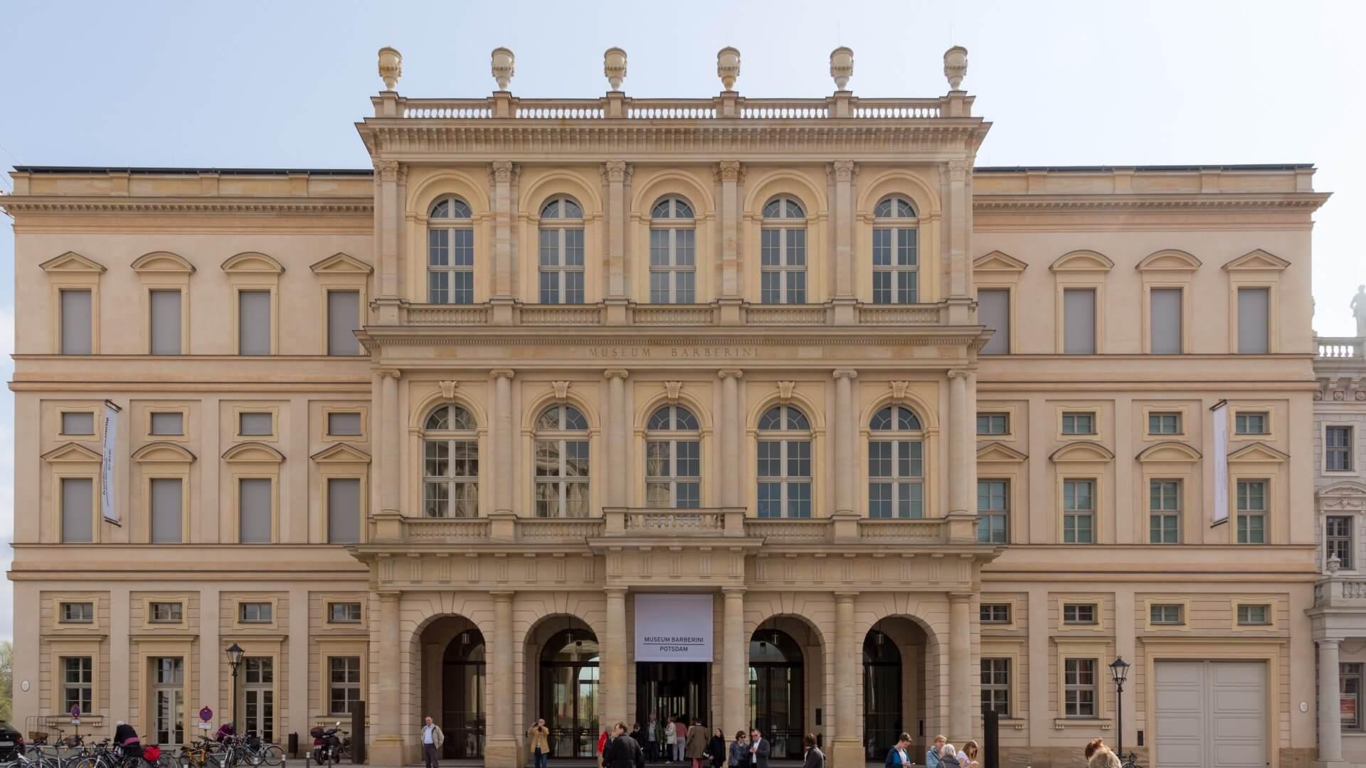 Palais Barberini Potsdam, Frontansicht