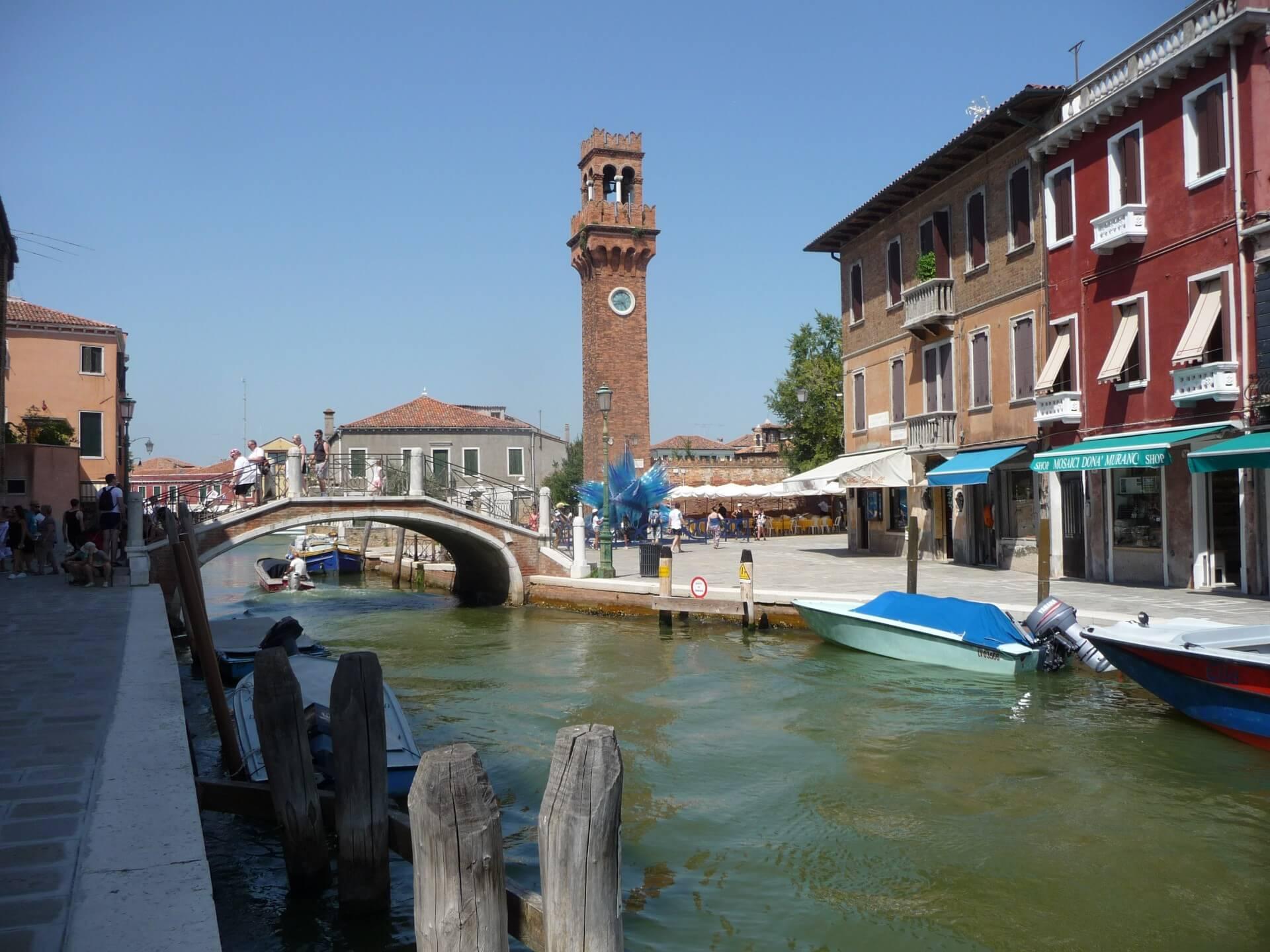 Blick zum Uhrenturm von Murano
