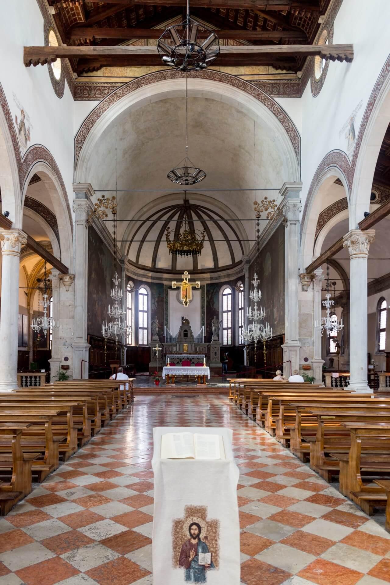 Innenansicht von San Pietro Martire auf Murano