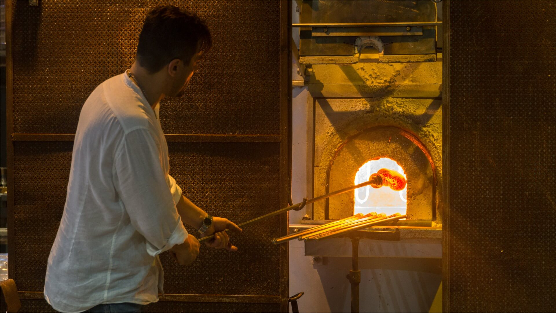 Am Glasofen auf Murano