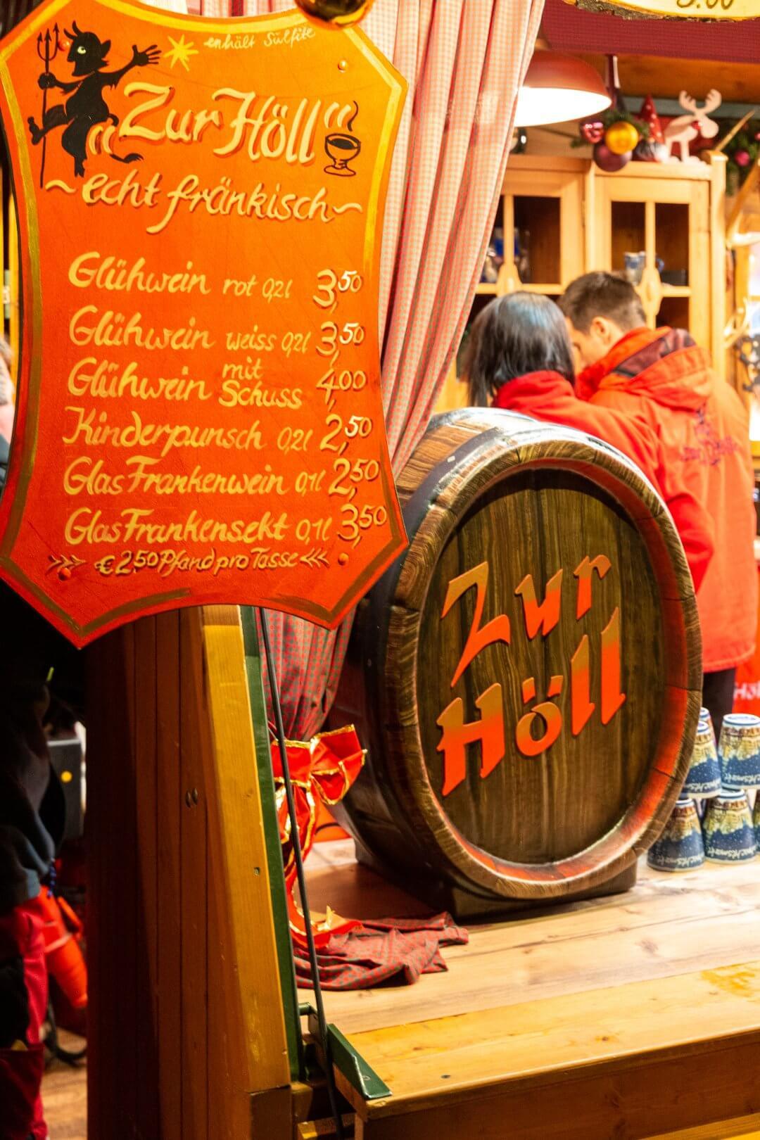 """Glühweinstand """"Zur Höll"""""""