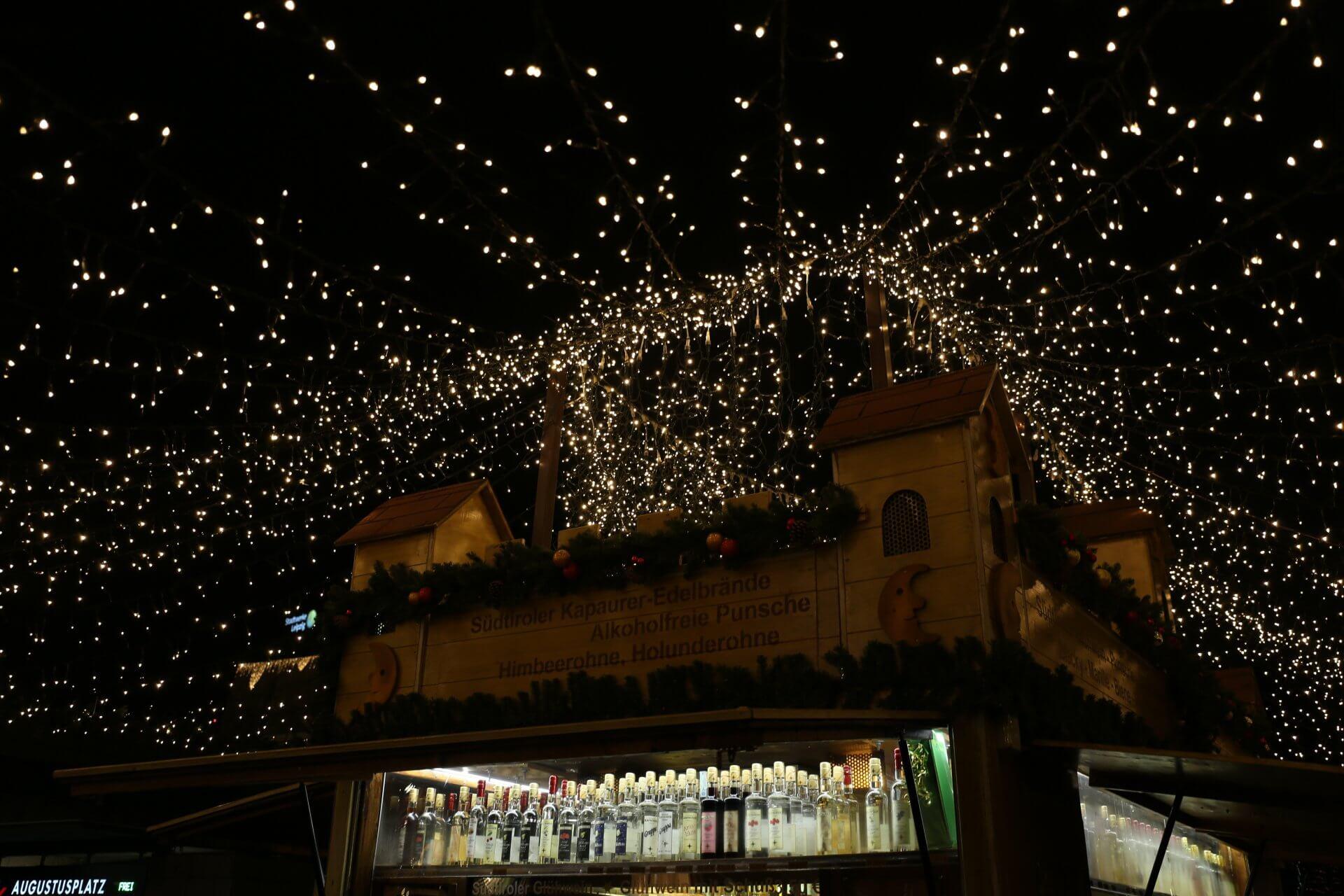 Schnaps und Punsch von Kapaurer, Weihnachtsmarkt Leipzig